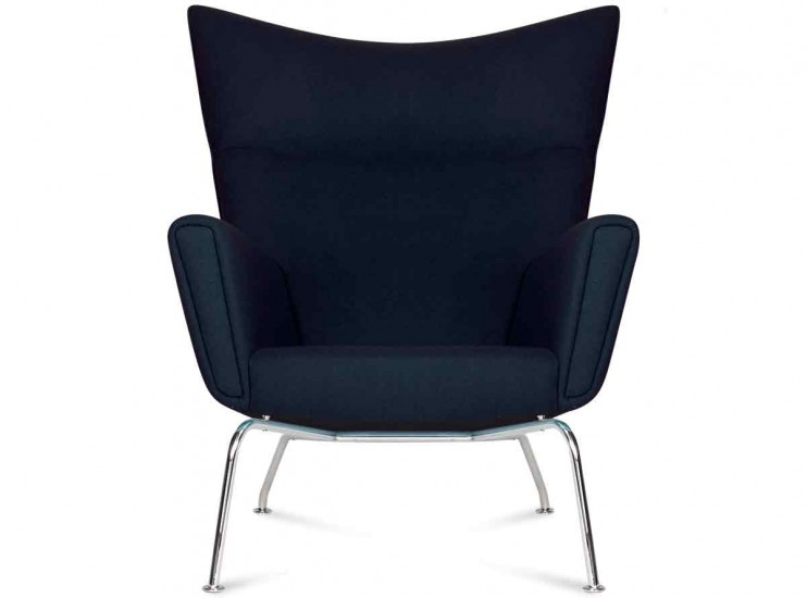 CH445 Wing Chair by Hans Wegner (Platinum Replica)
